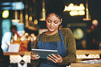 Managing her cafe the smart way