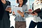 Supporting a business discussion with smart apps