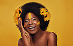 Style your natural hair with flowers because its beautiful